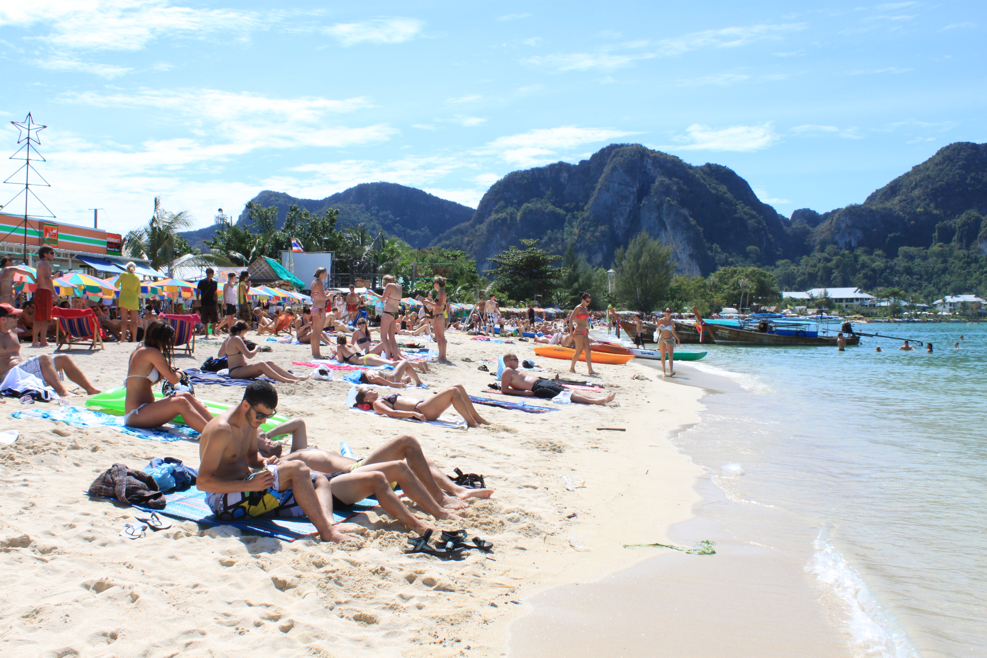 Nudist phi phi beach, women viedos
